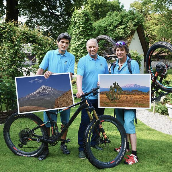 Stiftung-Freude-Herrscht_Lava-Bike-World-Tour_Adolf-Ogi_Andre-Luethi_Dany-Gehrig